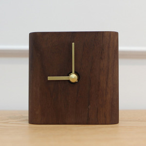 TABLE CLOCK WALNUT