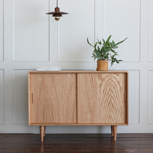 OAK SIDEBOARD A12
