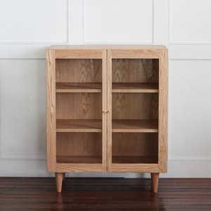 OAK CUPBOARD R